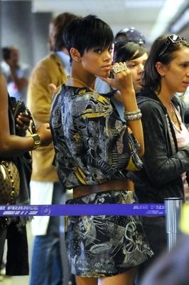 Rihanna 9/08